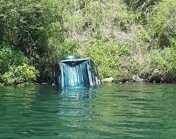 terjun bebas ke danau toba tewaskan satu orang