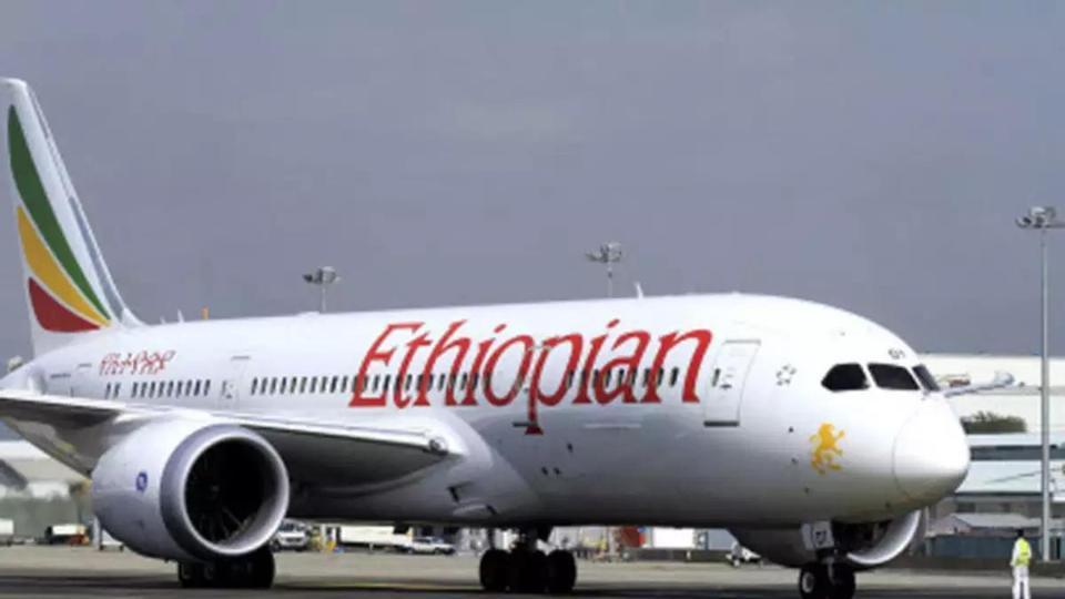 operasional 371 pesawat 737 Max dihentikan sementara