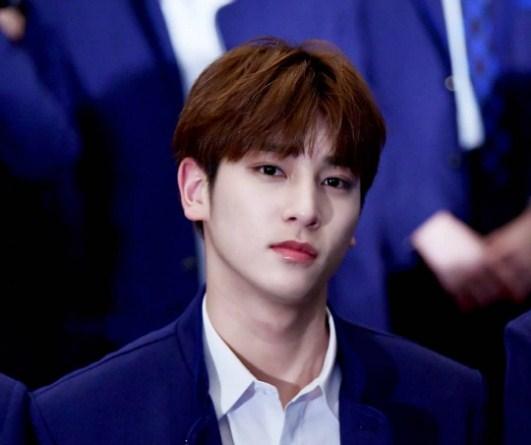 Netter Menyebut Foto Teaser Lee Hangyul X1 Sangat Tampan Dan Bukan Terlihat Seperti Manusia